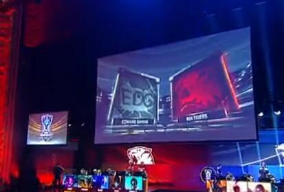 全球总决赛团战分析:EDG vs ROX